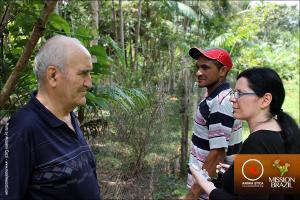 Interviste e video-riprese per i DOCUMENTARI girati nella COLTIVAZIONE BIOLOGICA dell'Assentamento (collettivo agricolo) Martires de Avril a Porto Arthur (Mosqueiro).